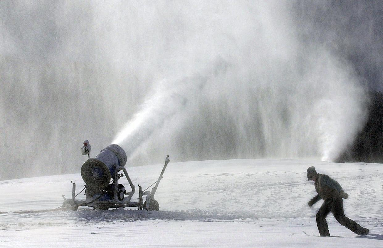 Snow cannons: the plan to stop the rise in sea level