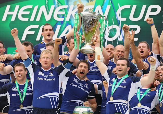 LONDON, ENGLAND - MAY 19: Leo Cullen (L) of Leinster lifts the trophy with Shane Jennings after the Heineken Cup Final between Leinster and Ulster at Twickenham Stadium on May 19, 2012 in London, United Kingdom. (Photo by David Rogers/Getty Images)
