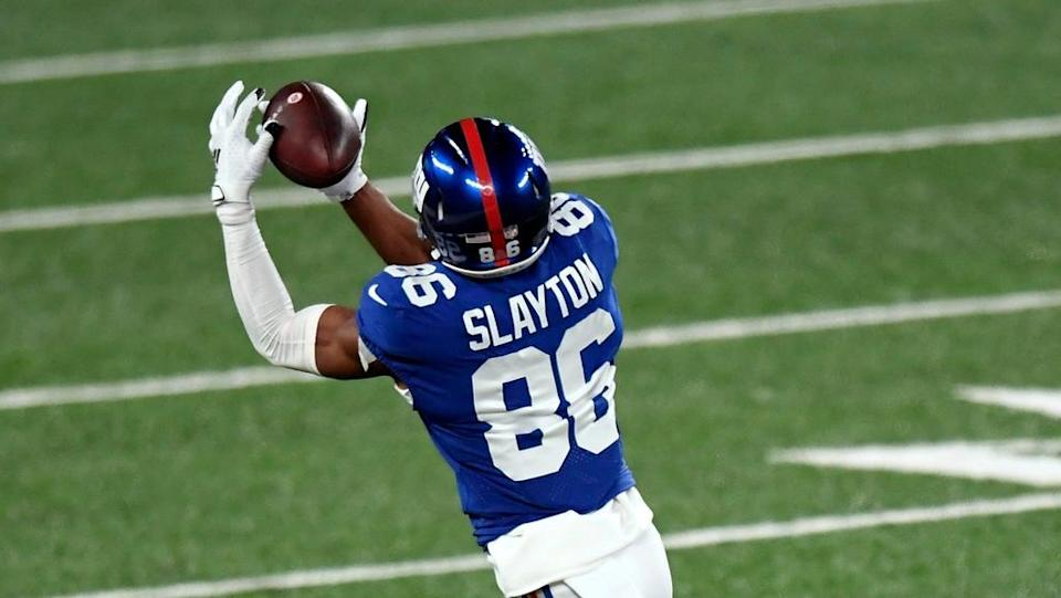 New York Giants wide receiver Darius Slayton (86) makes a catch in the first half of a game at MetLife Stadium on Sunday, December 20, 2020, in East Rutherford.