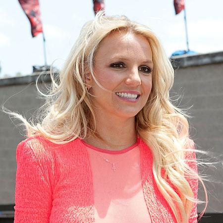 Britney Spears wants singer with 'spark'