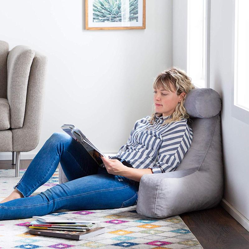 Linenspa Shredded Foam Reading Pillow with Neck Support. (Photo: Amazon)