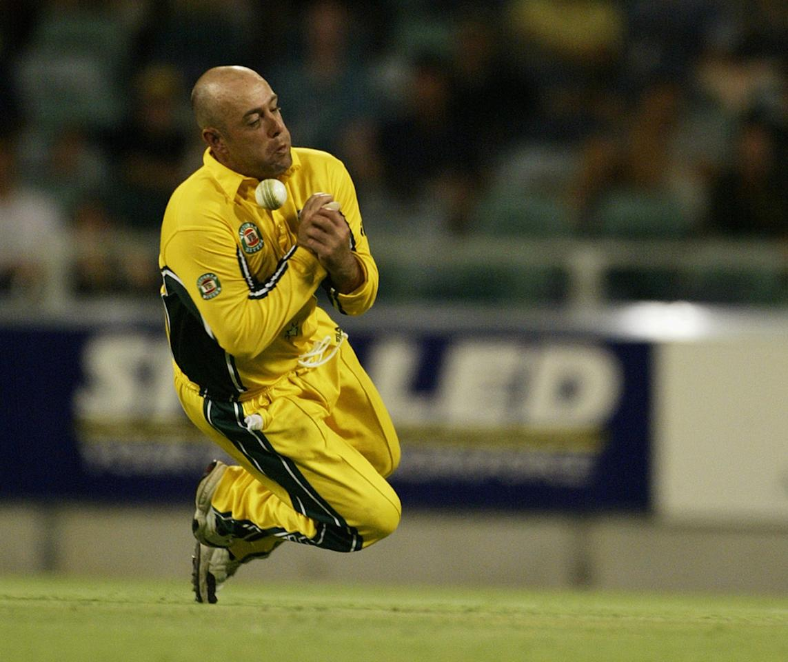 PERTH - DECEMBER 22:  Darren Lehmann of Australia drops a catch off Chaminda Vaas of Sri Lanka during the One Day International match between Australia and Sri Lanka held at the WACA ground in Perth, Australia on December 22, 2002. (Photo by Hamish Blair/Getty Images)