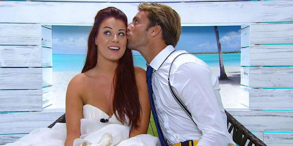 <p><strong>Relationship status: Mugged off</strong></p><p>Jess and Max somehow managed to win the 2015 series of Love Island - who'd have thunk it?! But it wasn't long after they left the villa that they called time on their romance. </p>