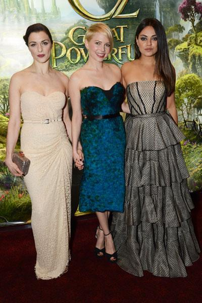 <b>Rachel Weisz, Michelle Williams and Mila Kunis at the London premiere, Feb 2013 </b><br><br>The three leading ladies looked stunning at the film's UK premiere in Leicester Square.<br><br>Image © Getty