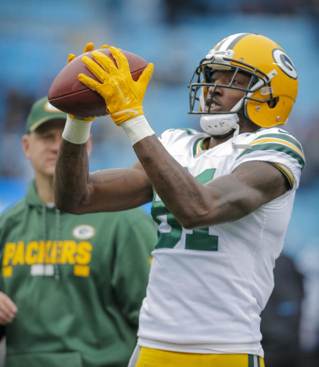 Does Green Bay's No. 3 WR, Geronimo Allison have fantasy upside? Yahoo Fanalyst Liz Loza believes so. (AP Photo/Bob Leverone)