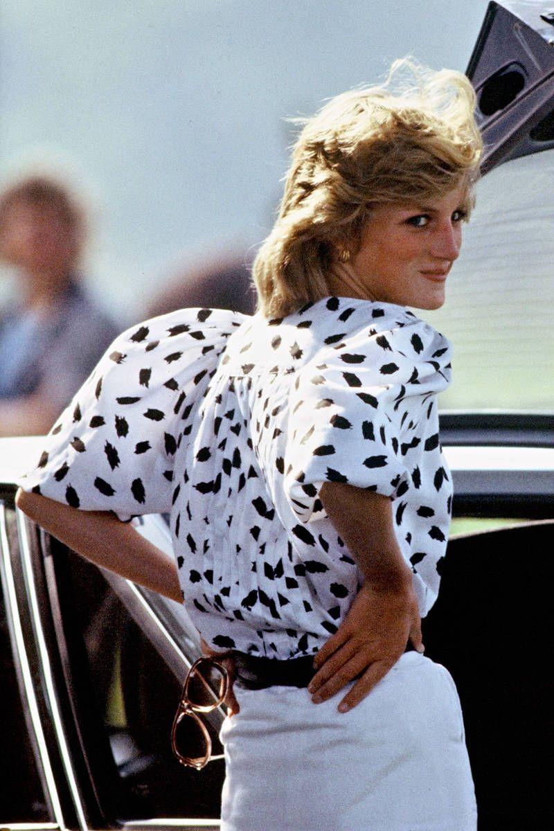 <p>Some of Diana's most casual, laid-back looks are her most stunning.</p>