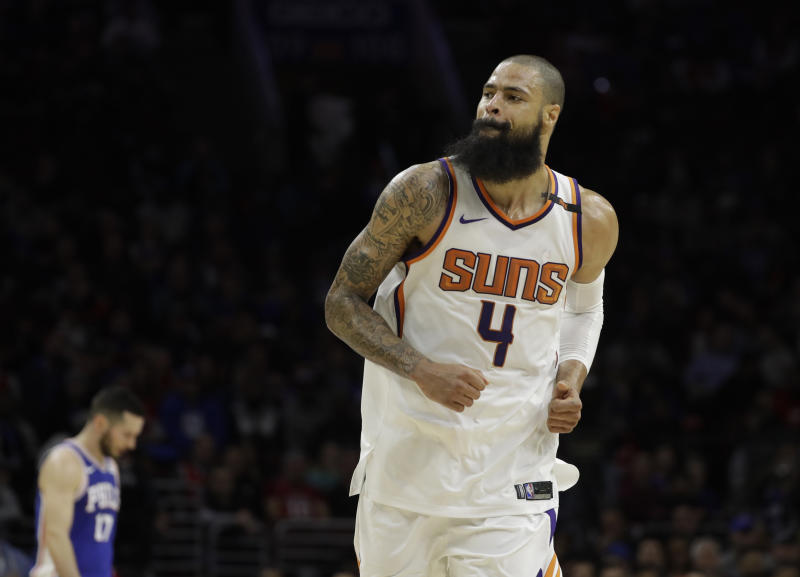 Tyson Chandler to join Lakers after Suns buyout