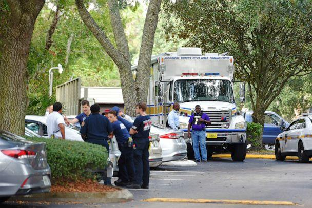 PHOTO: Law enforcement investigators with the JSO mobile command center in the Southside Villas apartment complex off Southside Blvd. in Jacksonville, Fla., Nov. 6, 2019. (Bob Self/The Florida Times-Union via AP)