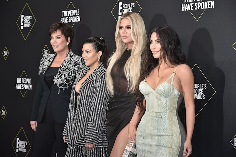 Kris Jenner, Kourtney, Khloe and Kim Kardashian attend the 2019 E! People's Choice Awards.  (Photo: David Crotty via Getty Images)