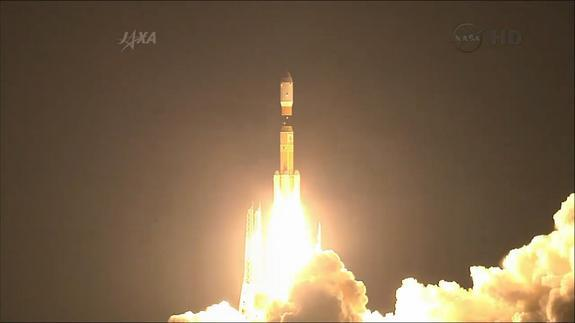 A Japanese H-2B rocket launches the HTV-4 (Kounotori 4) robotic cargo ship toward the International Space Station on Aug. 4, 2013 Japan Standard Time (Aug. 3, 2013 EDT/GMT) from Tanegashima Space Center in southern Japan.