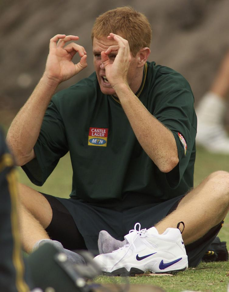 6 Dec 2001:  Shaun Pollock of South Africa looks on, during training at The WACA, Perth, Australia. DIGITAL IMAGE. Mandatory Credit: Hamish Blair/ALLSPORT