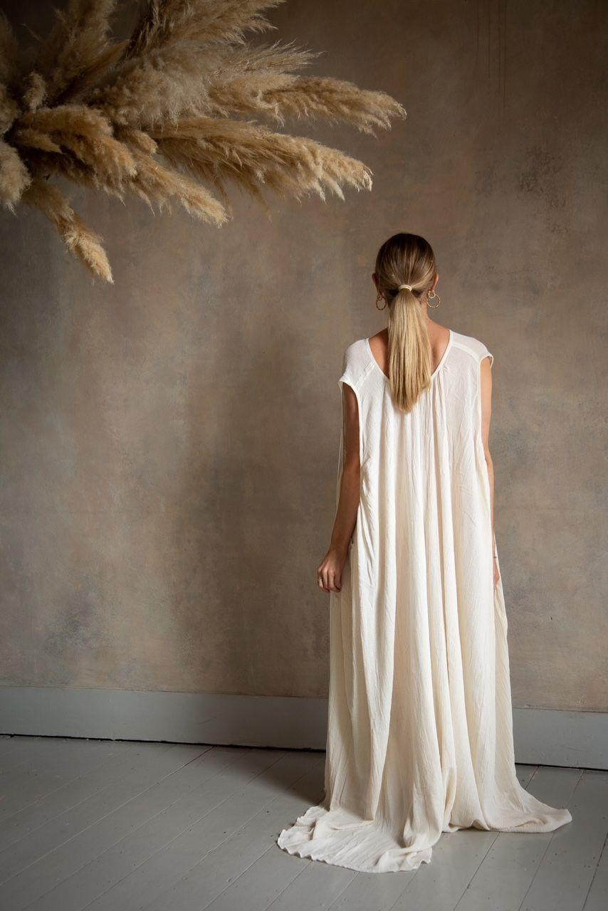 """<p>'Curate & Rotate is online store rotating pre-loved clothes with a focus on minimalistic vintage and pieces from independent brands all in earthy colour palettes and tasteful tonal hues,' mother Melanie Milham told ELLE UK, 'I only sell pieces I adore and would wear myself.'</p><p><a class=""""link rapid-noclick-resp"""" href=""""https://www.curateandrotate.co.uk/"""" rel=""""nofollow noopener"""" target=""""_blank"""" data-ylk=""""slk:SHOP CURATE & ROTATE NOW"""">SHOP CURATE & ROTATE NOW</a></p>"""