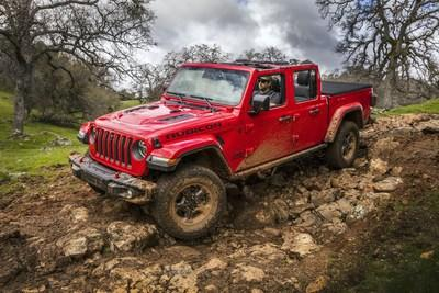 All-new 2020 Jeep Gladiator dominates annual Northwest Automotive Press Association