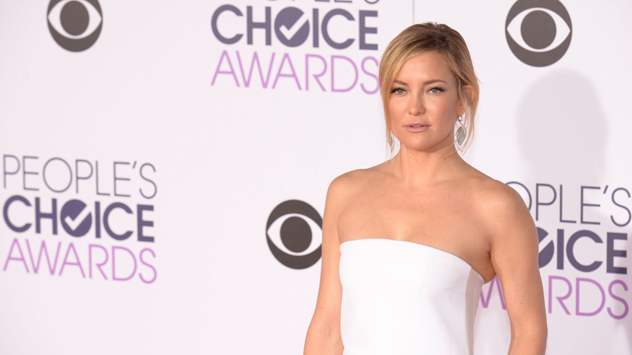 15 Of The Best Looks From The People's Choice Awards