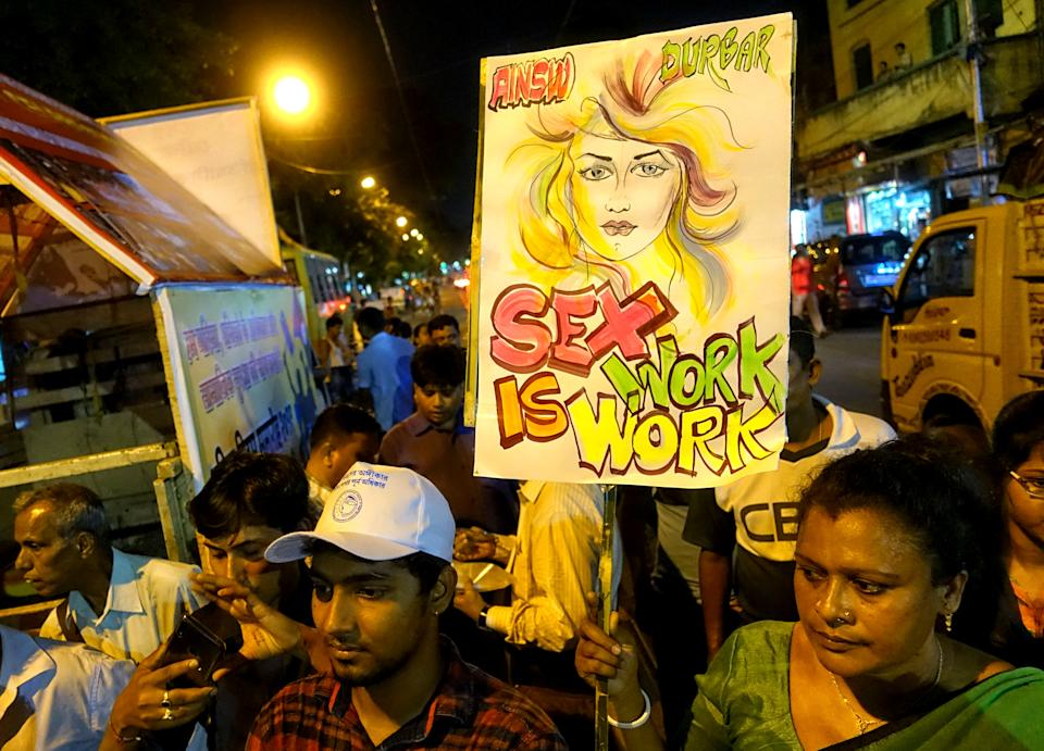 2019/04/30: Sex Workers of Sonagachi take part in a torch rally with a demand of dignity, Labor Right & Social Protection on the eve of International Labor Day. (Photo by Avishek Das/SOPA Images/LightRocket via Getty Images)