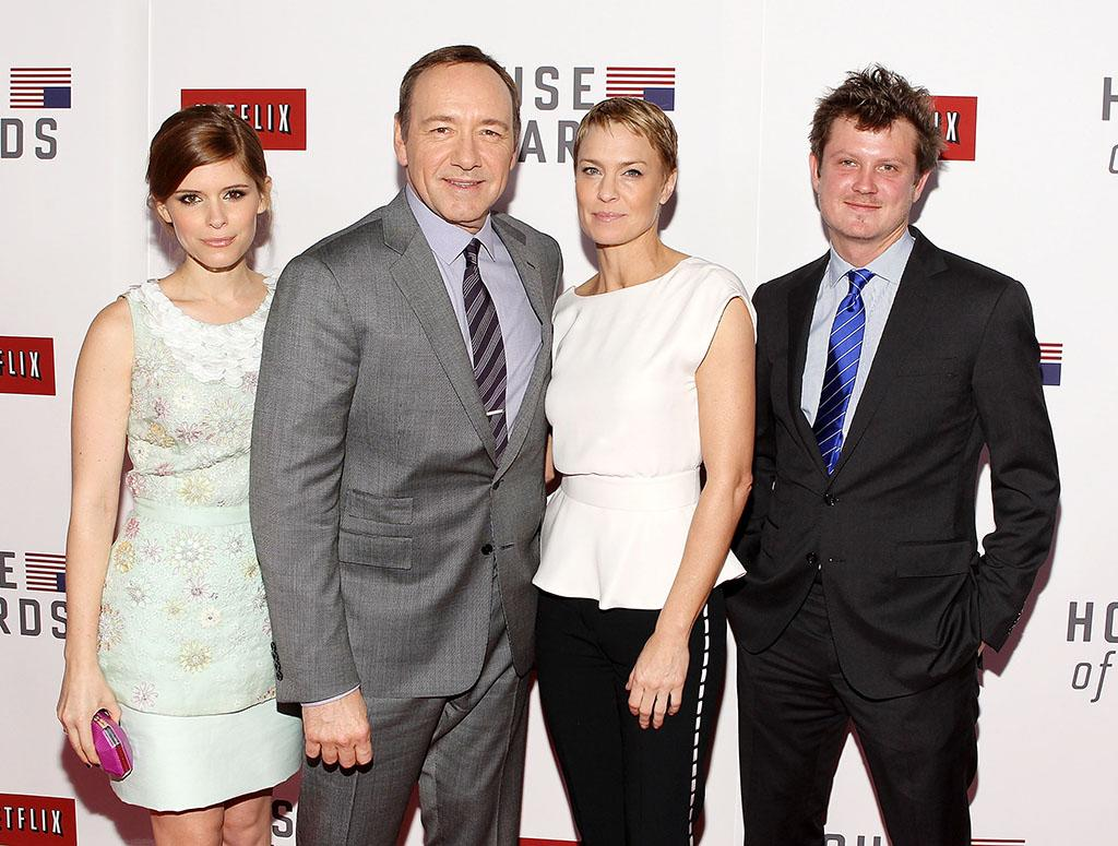 "Kate Mara, Kevin Spacey, Robin Wright and Beau Willimon pose for a photo at  Netflix's ""House of Cards"" Washington DC Screening at the NEWSEUM on January 29, 2013 in Washington, DC."