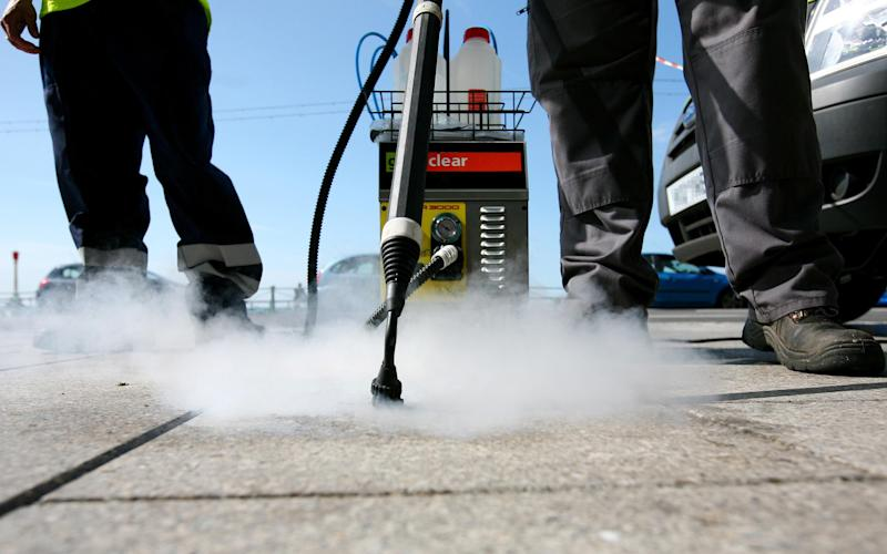 Chewing gum cleaning machine - Credit: Gareth Fuller/PA