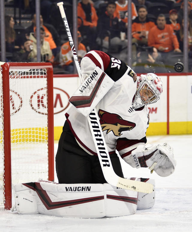 Arizona Coyotes goaltender Darcy Kuemper makes a save on a shot during the second period of an NHL hockey game against the Philadelphia Flyers, Thursday, Dec. 5, 2019, in Philadelphia. (AP Photo/Derik Hamilton)