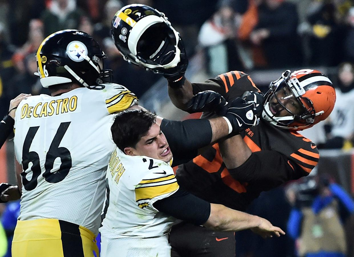 An NFL spokesperson said that there's no evidence to support Myles Garrett's accusation against Mason Rudolph. (Ken Blaze/USA Today)