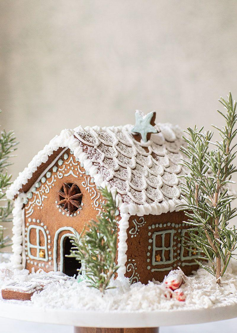 "<p>Make this gorgeous gingerbread house your wedding cake, or use it to top a more traditional cake. Or simply use it to decorate your venue. It's guaranteed to add that one-of-a-kind Christmas-y touch for your special day. </p><p><strong>See more at <a href=""https://sugarandcharm.com/gingerbread-house"" rel=""nofollow noopener"" target=""_blank"" data-ylk=""slk:Sugar and Charm"" class=""link rapid-noclick-resp"">Sugar and Charm</a>. </strong></p>"