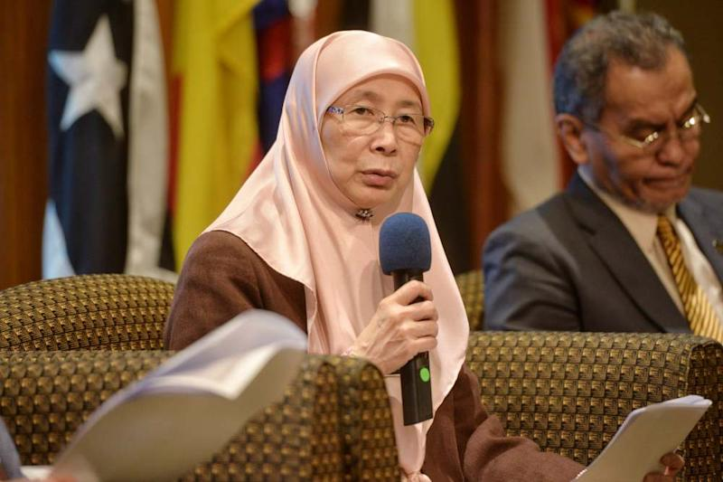 Deputy Prime Minister Datuk Seri Dr Wan Azizah Wan Ismail speaks during the press conference in conjunction with National Cost of Living Action Council meeting in Putrajaya June 25, 2019. ― Picture by Shafwan Zaidon