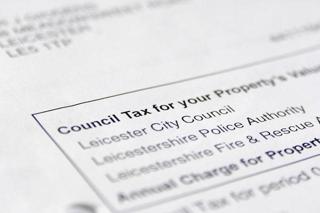Council tax freeze 'hits services'