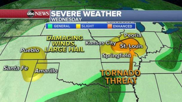 PHOTO: A cold front is expected to move through the Midwest bringing a threat for tornadoes and damaging winds for major cities like St. Louis. (ABC News)
