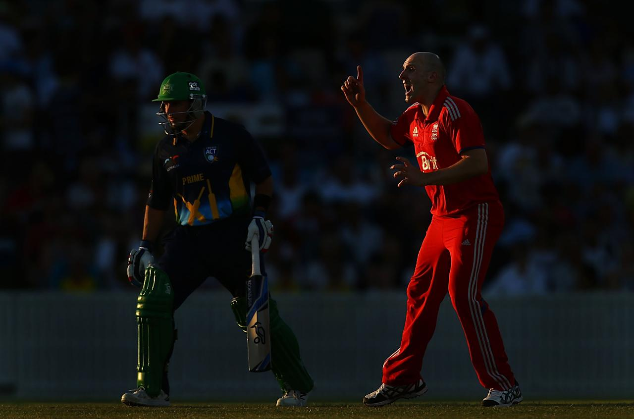CANBERRA, AUSTRALIA - JANUARY 14: James Tredwell of England appeals during the International tour match between the Prime Minister's XI and England at Manuka Oval on January 14, 2014 in Canberra, Australia.  (Photo by Mark Nolan/Getty Images)