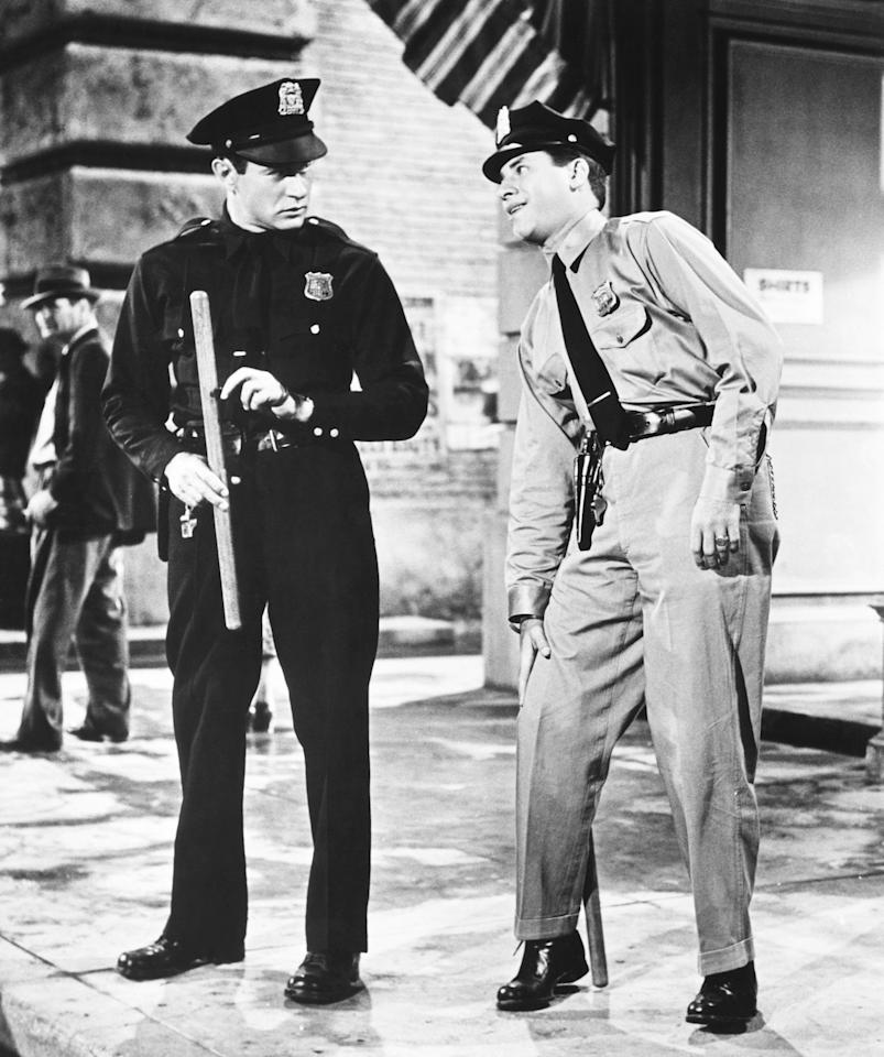 <p>After splitting with Martin, Lewis made his solo debut in this crime comedy co-starring Darren McGavin. (Photo: Everett Collection) </p>
