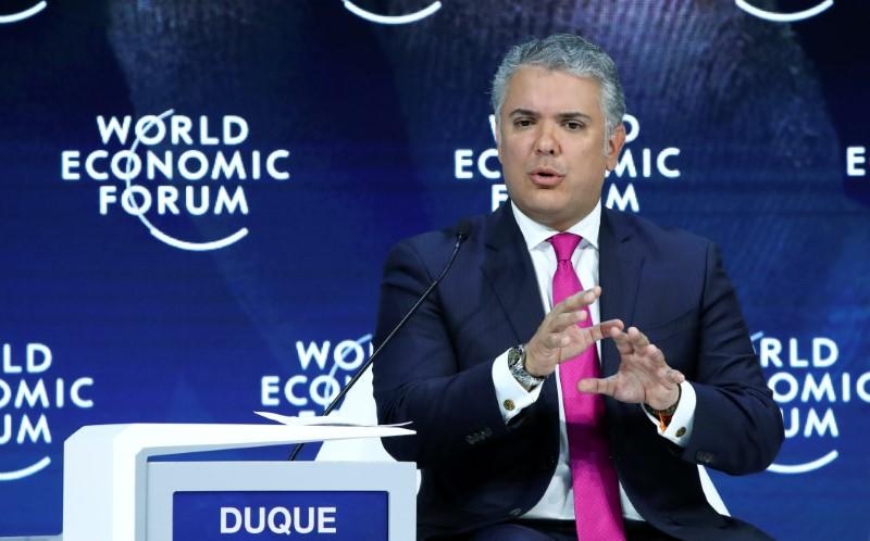 Ahead of Uber exit, Colombian president calls for tech level playing field
