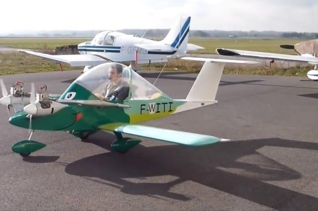 Man takes flight in small plane he built himself