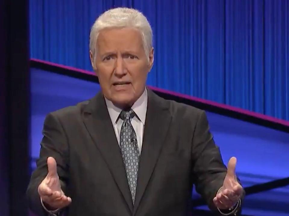 Alex Trebek appeared in a posthumous message for Thanksgiving (Tiwtter/Jeopardy)