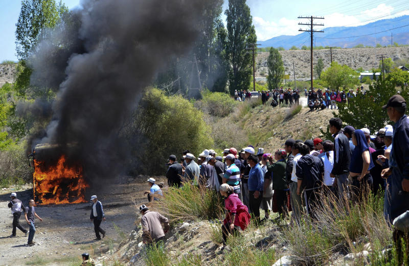 Kyrgyzstan rocked by protest at Canadian gold mine