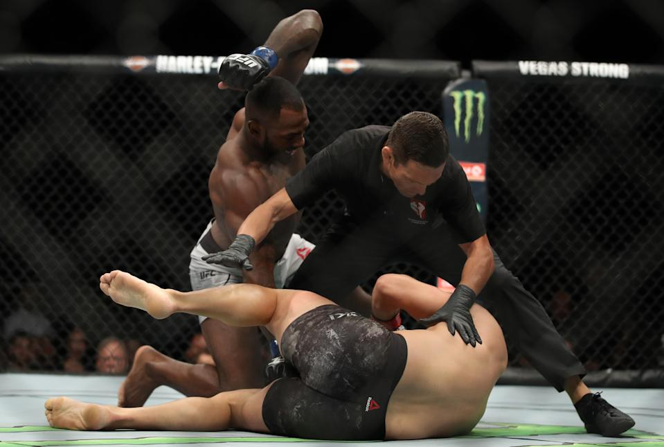 Khalil Rountree Jr. punches Gokhan Saki of Turkey in their light heavyweight fight during the UFC 226 event inside T-Mobile Arena on July 7, 2018 in Las Vegas, Nevada. (Getty Images)