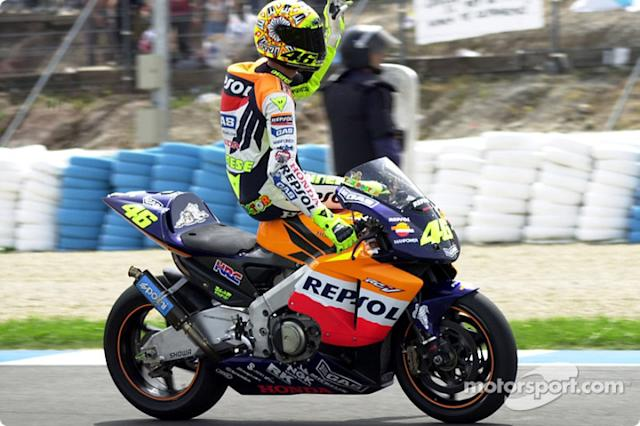 "2002: Valentino Rossi <span class=""copyright"">Richard Sloop</span>"