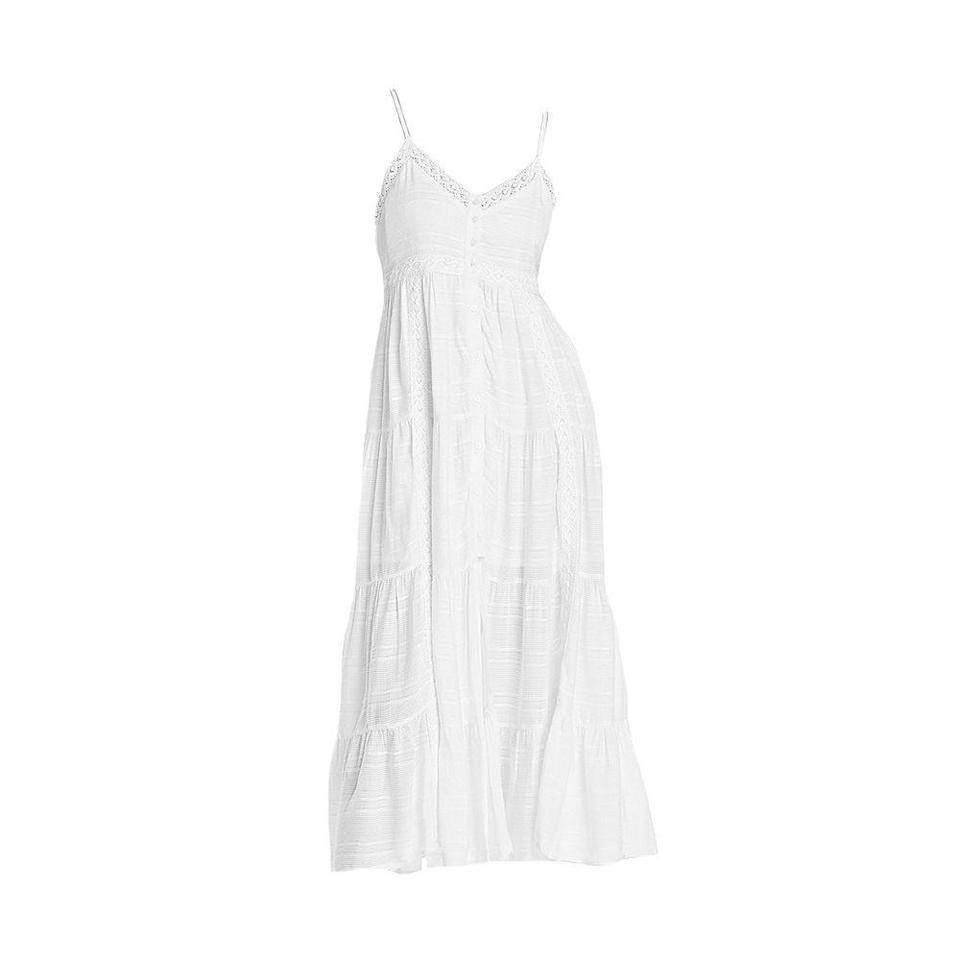 """<p><strong>AQUA</strong></p><p>bloomingdales.com</p><p><a href=""""https://go.redirectingat.com?id=74968X1596630&url=https%3A%2F%2Fwww.bloomingdales.com%2Fshop%2Fproduct%2Faqua-v-neck-tiered-dress-100-exclusive%3FID%3D3968171&sref=https%3A%2F%2Fwww.elle.com%2Ffashion%2Fshopping%2Fg35279952%2Fbest-fashion-on-sale-2021%2F"""" rel=""""nofollow noopener"""" target=""""_blank"""" data-ylk=""""slk:Shop Now"""" class=""""link rapid-noclick-resp"""">Shop Now</a></p><p><strong><del>$78</del> $62 (20% off)</strong></p><p>A breezy white sundress is a must. </p>"""