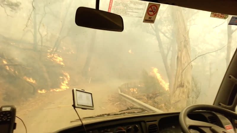'I will never go back': traumatised bushfire evacuees land in Melbourne
