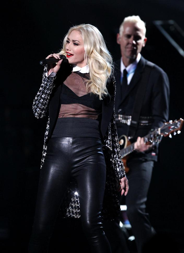 "Gwen Stefani and No Doubt perform ""Looking Hot"" at the 40th Annual American Music Awards on Sunday, Nov. 18, 2012, in Los Angeles. (Photo by Matt Sayles/Invision/AP)"