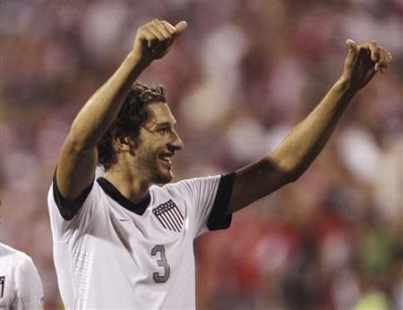 United States' Omar Gonzalez celebrates their 2-0 victory over Mexico in their FIFA World Cup qualifying soccer match in Columbus, Ohio September 10, 2013. REUTERS/Matt Sullivan