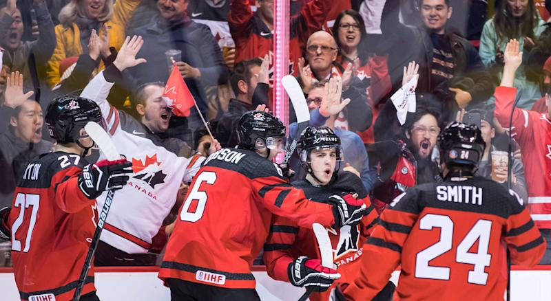 Max Comtois Scores 4 As Canada Thumps Denmark At World Juniors