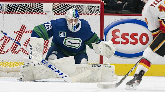 Jacob Markstrom Injury Update Canucks Goalie To Be Re Evaluated In Two Weeks