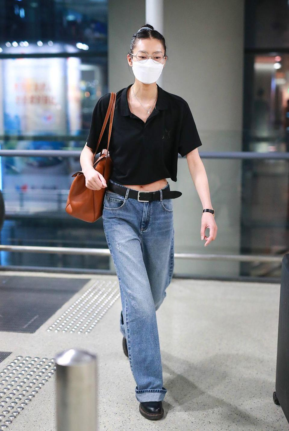 <p>Sometimes, you just need a big tote that's as chic as it needs to be. Enter, Liu Wen in Celine.</p>