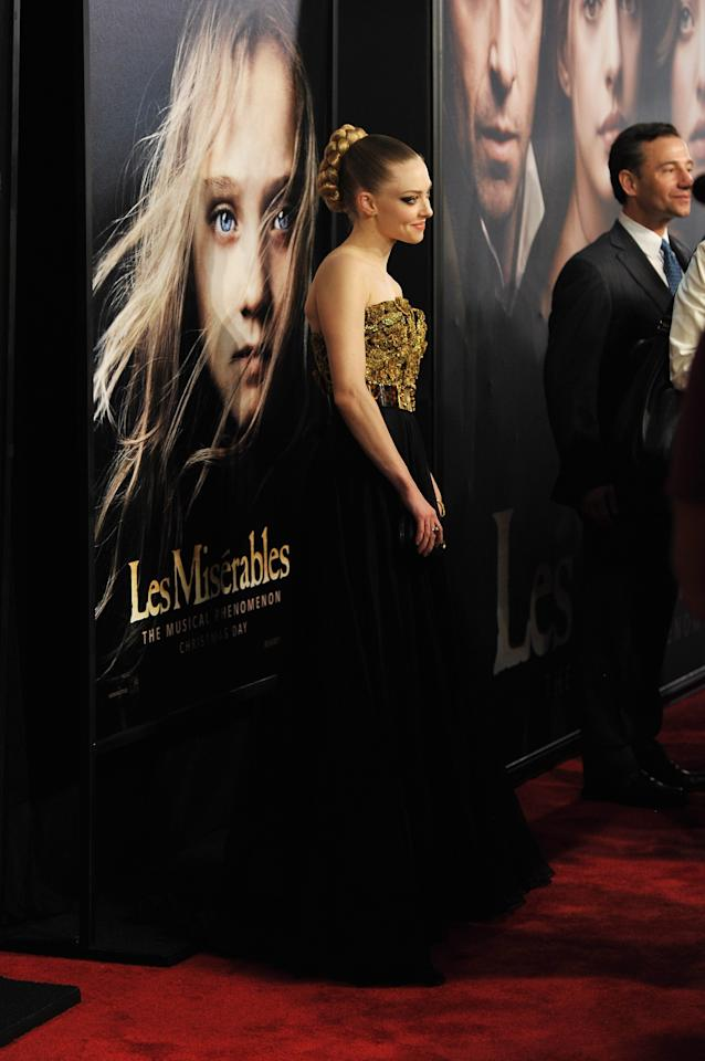 """NEW YORK, NY - DECEMBER 10:  Amanda Seyfried attends the """"Les Miserables"""" New York premiere at Ziegfeld Theatre on December 10, 2012 in New York City.  (Photo by Larry Busacca/Getty Images)"""