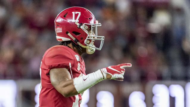 "Alabama wide receiver <a class=""link rapid-noclick-resp"" href=""/ncaaf/players/292117/"" data-ylk=""slk:Jaylen Waddle"">Jaylen Waddle</a> had an epic punt return TD vs. LSU. (AP Photo/Vasha Hunt)"