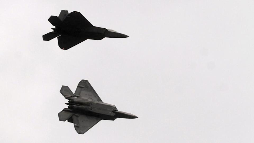 Advanced US Air Force F-22 Raptor aircraft are set to exercise with the RAAF under a new agreement.