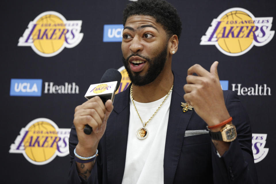Los Angeles Lakers NBA basketball team introduce Anthony Davis at a news conference at the UCLA Health Training Center in El Segundo, Calif., Saturday, July 13, 2019 (AP Photo/Damian Dovarganes)