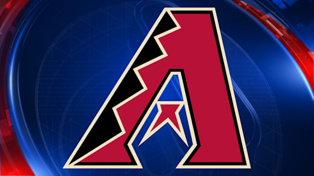 Kelly throws 7 strong innings, Arizona routs Padres 9-0