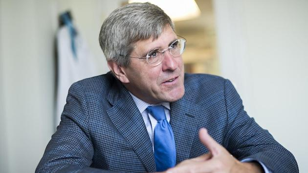 Donald Trump's Advisor Stephen Moore Compares Lockdown Protestors to Rosa Parks