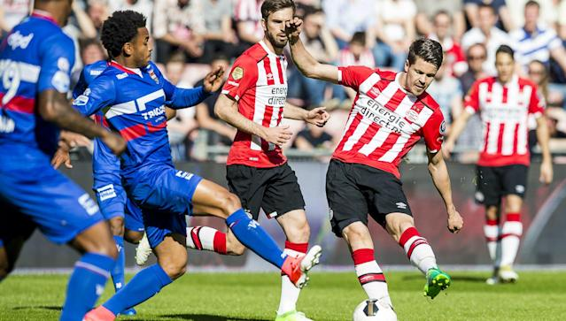 Thom Haye should have taken the lead against PSV with a glorious strike, but it was not given and his side crumbled in a 5-0 thrashing