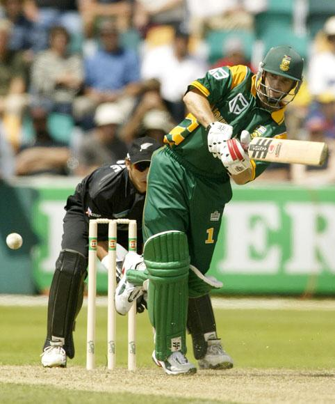 15 Jan 2002:  Gary Kirsten of South Africa hits out, during the VB Series One Day International between South Africa and New Zealand played at Bellerive Oval, Hobart, Australia. DIGITAL IMAGE. Mandatory Credit: Hamish Blair/Getty Images